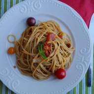 Jednogarnkowe ekspresowe spaghetti