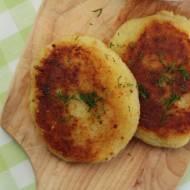 Kotleciki ziemniaczane z sosem pieczarkowym