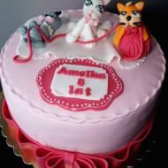 Tort z kotkami