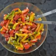 Surówka z papryki i pomidorów