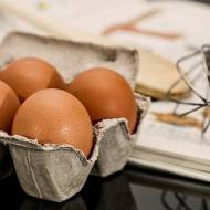 Co oznaczają kody na jajkach? Nie daj się oszukać!