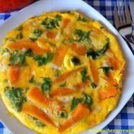 Omlet z dynią i cebulą - i kilka słów o zdrowotnych właściwościach dyni :)