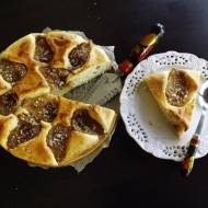 Drożdżowe ciasto z gruszkami