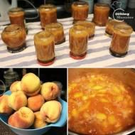 Dżem brzoskwioniowy z cynamonem, imbirem i goździkami