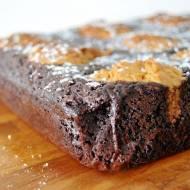 Brownies z ciasteczkami orzechowymi