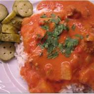 Kurczak z dynią w pomidorowym sosie (namiastka indyjskich smaków)
