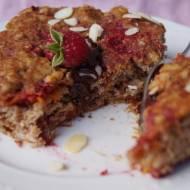 Szybkie i łatwie  ciasto typu duża blacha z marchwi i malin