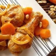 Kurczak z orzeszkami ziemnymi