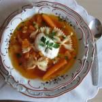 Zupa pomidorowa ze świeżych pomidorów babci Basi