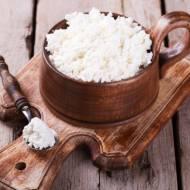 Domowy twarożek, mascarpone i paneer – jak zrobić własny ser?