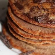 czekoladowe pancakes na śniadanie