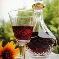 Nalewka z jeżyn – infuzja alkoholu