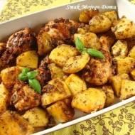 Kurczak z majerankiem i czosnkiem, pieczony z ziemniakami