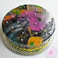 Tort z lustrzaną polewą