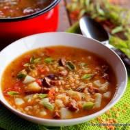 Jesienna zupa z czerwoną soczewicą