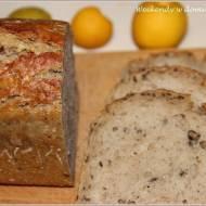 Chleb z ostropestem i siemieniem oraz