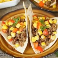 tacos z mięsem mielonym i kukurydzą