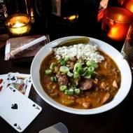 GUMBO – MAFIA III – luizjańska zupa z kurczakiem, kiełbasą i warzywami