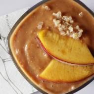 Koktajl quinoa + brzoskwinia + śliwka