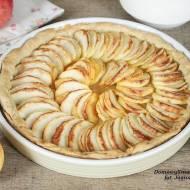 rustykalna tarta z jabłkami w formie