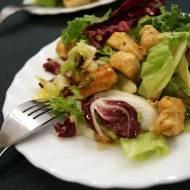 Sałatka z kurczakiem gyros w sosie miodowym
