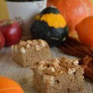 Ciasto dyniowe z jabłkami i cynamonem