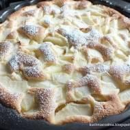 Szybkie ciasto biszkoptowe z jabłkami