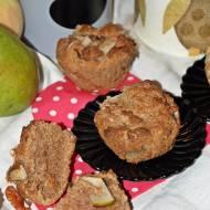 Dietetyczne, korzenne muffinki z gruszkami.