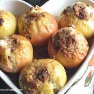 Pieczone jabłka z nadzieniem orzechowo-czekoladowym