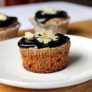 Ciasto na niedzielę szybkie i łatwe #10 Babeczki migdałowe na białkach z polewą czekoladową