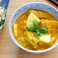 Indyk curry z ananasem i mleczkiem kokosowym