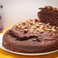 Bezglutenowe ciasto kakaowe z orzechami