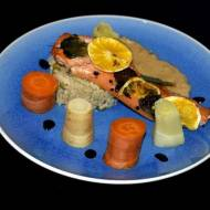 Łosoś Sous-Vide pieczony z warzywami gotowanymi z sosem serowo-whyski i risotto z groszkiem