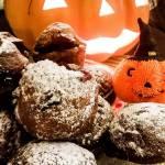 Halloween'owe muffinki z konfiturą wiśniową