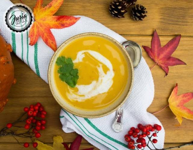 Tajska zupa dyniowa z 5 składników.
