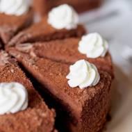 Puszysty tort czekoladowy - Czekoladowa bajka