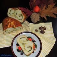 Chlebek pszenny z serem i ziołami