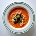 Zupa pomidorowa z podsmażanym koncentratem