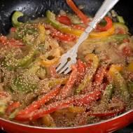 Papryki w sosie orzechowym