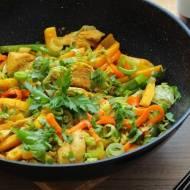Kurczak teriyaki z chrupiącymi warzywami