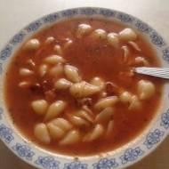 Domowa zupa pomidorowa