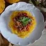 Spaghetti bolognese z dyni makaronowej