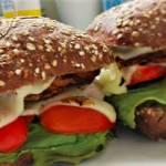 Domowe hamburgery z kurczakiem