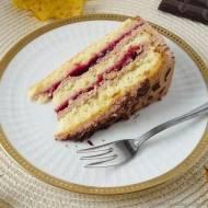 Tort migdałowy z konfiturą wiśniową i nutellą na 2 urodziny bloga.