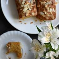Ciasto dyniowo- pomarańczowe z kardamonem i polewą karmelową