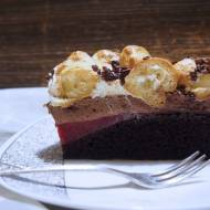 Podwójnie czekoladowy torcik z ptysiami