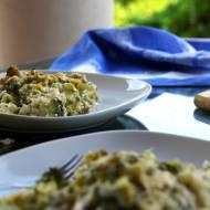 Zapiekanka ryżowa z brokułami, cukinią i selerem naciowym