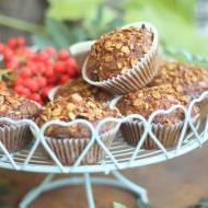 Muffiny marchewkowe z granolą