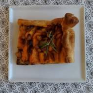 Wytrawna tarta z grillowaną dynią i rozmarynem