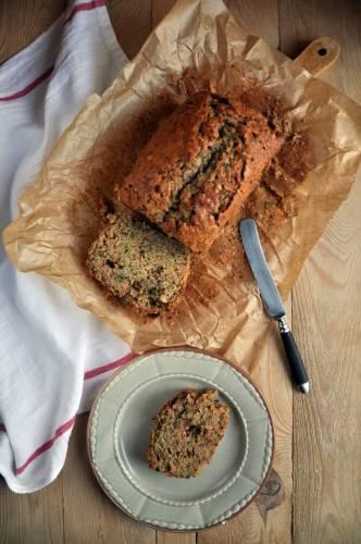 Chleb cukiniowo-orzechowy